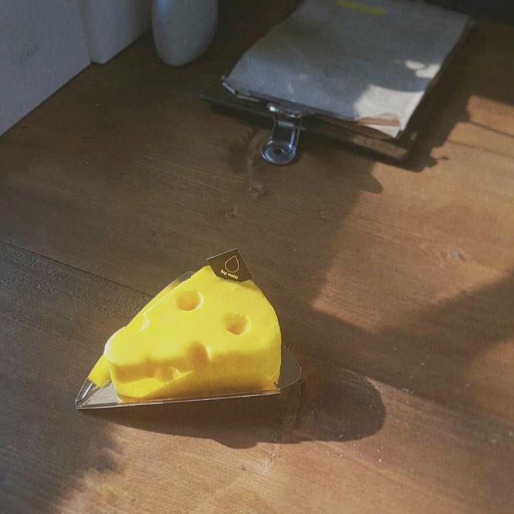 まるまるしたチーズケーキ