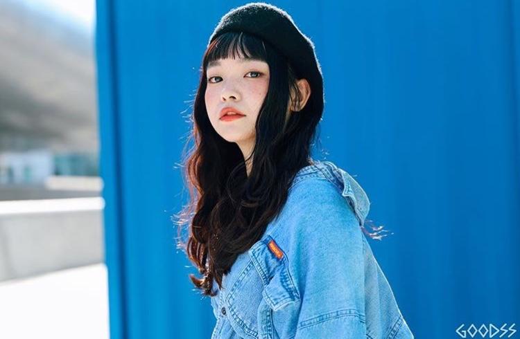 韓国モデル AKARIちゃん