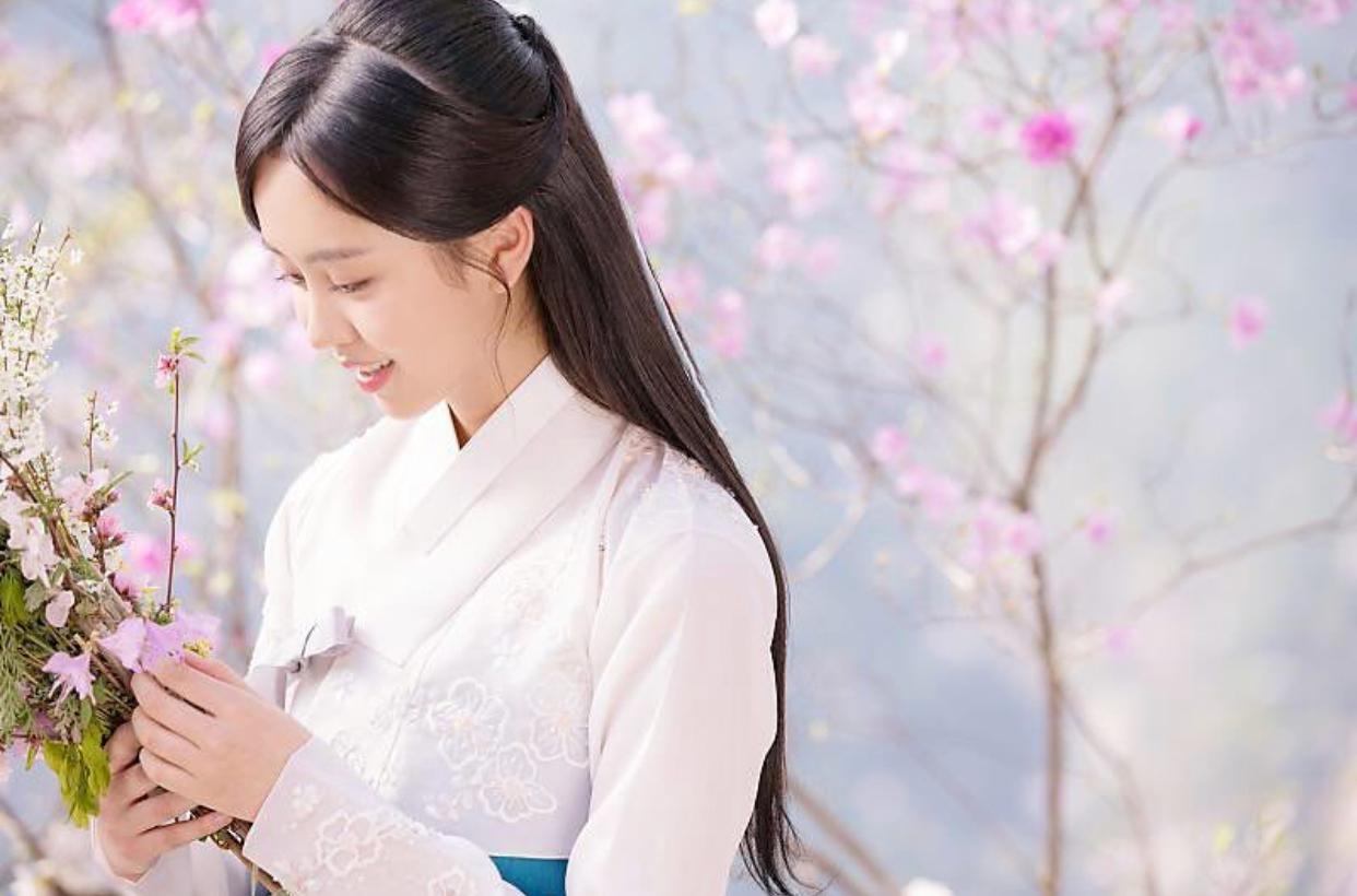 キム・ソヒョン 桜