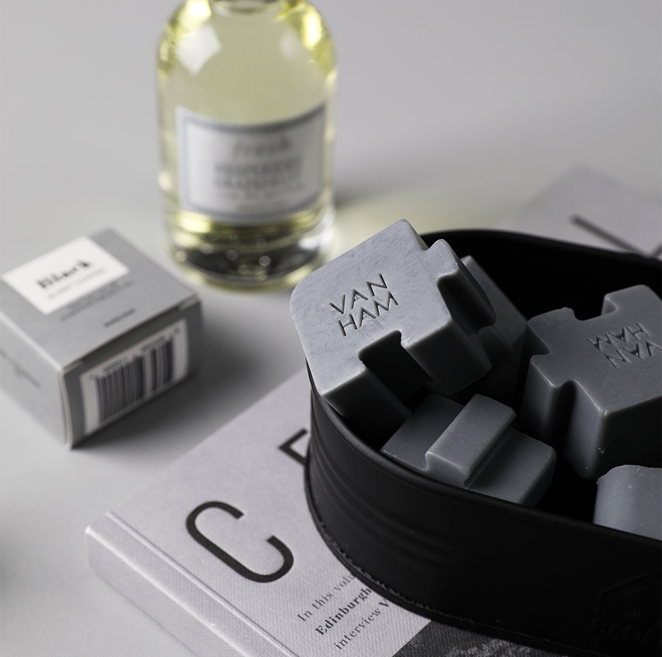 ブロック石鹸 ブラック