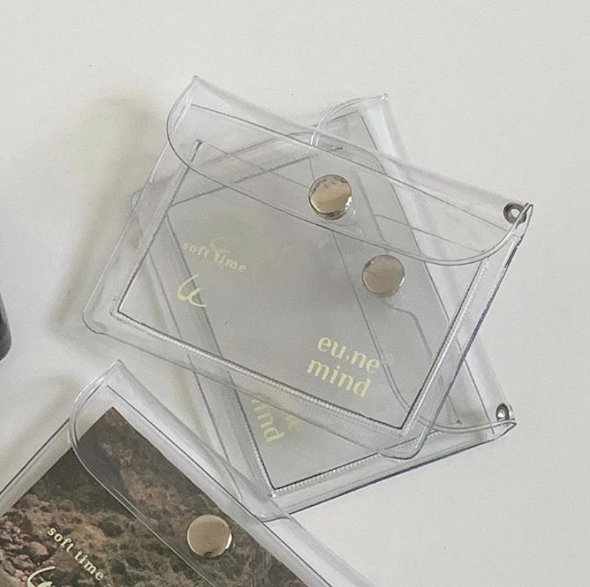 透明お財布