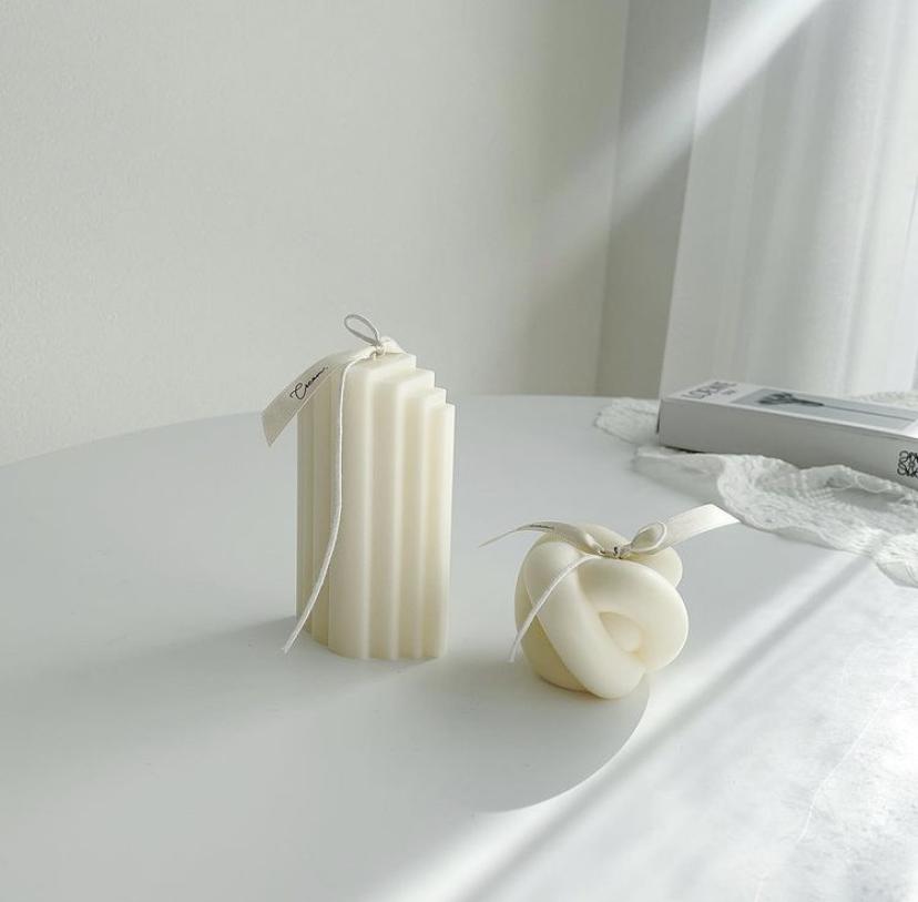 ホワイトキャンドル2種類