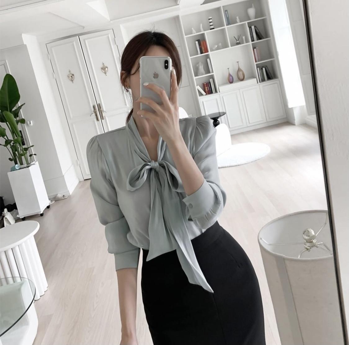 beddiary_tightskirt